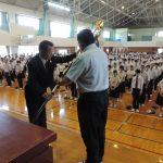 鹿児島南高等学校創立70周年記念事業の記念品贈呈式